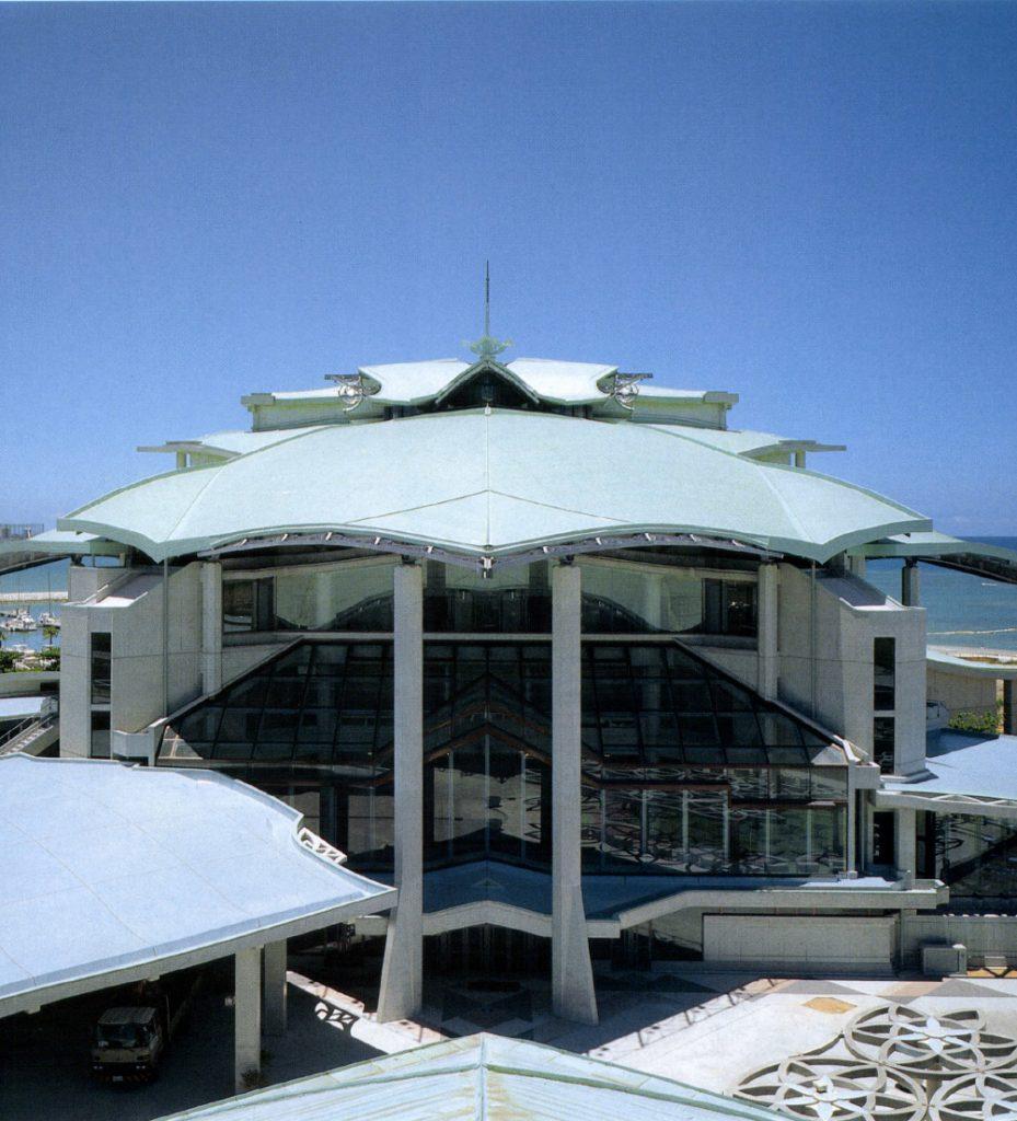 Okinawa Convention Center Theater Building/ Otani Kenkyushitsu, Kuniken Design J.V.