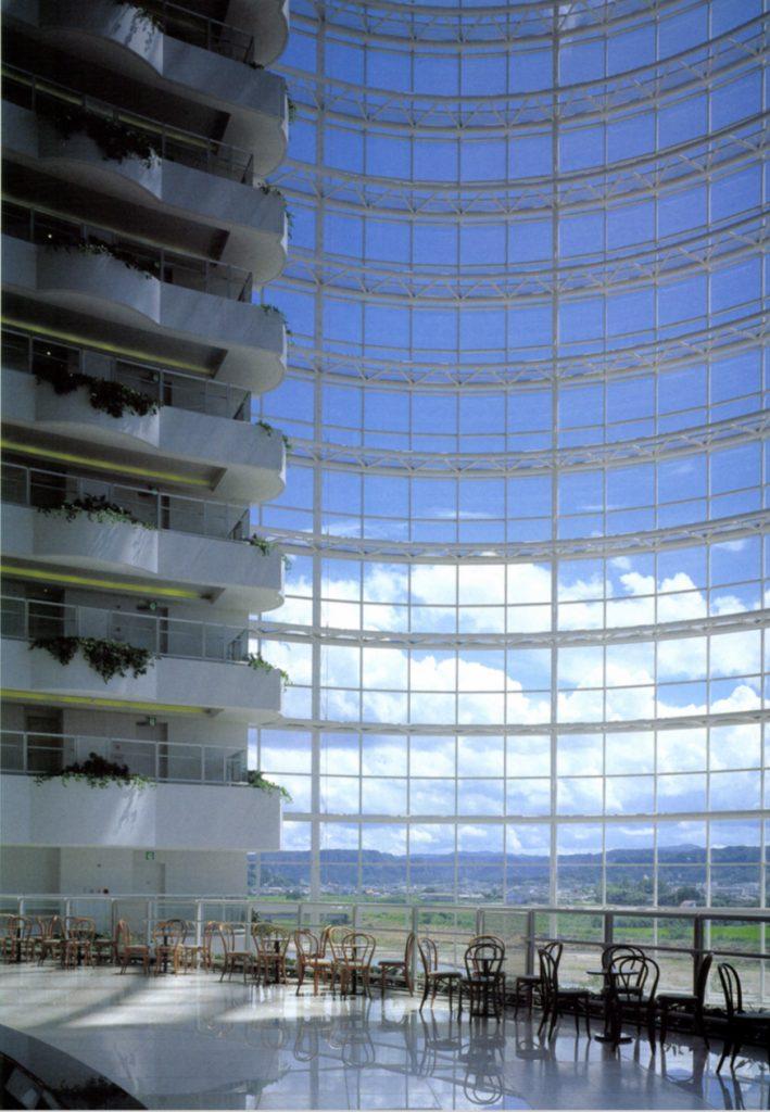 Hotel Kyocera / Kisho Kurokawa Architect & Associates