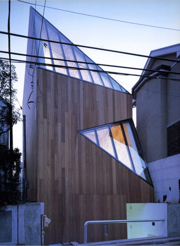i / Jun Aoki & Associates