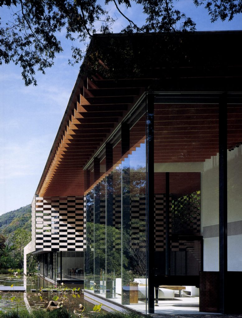 Lotus House / Kengo Kuma Associates