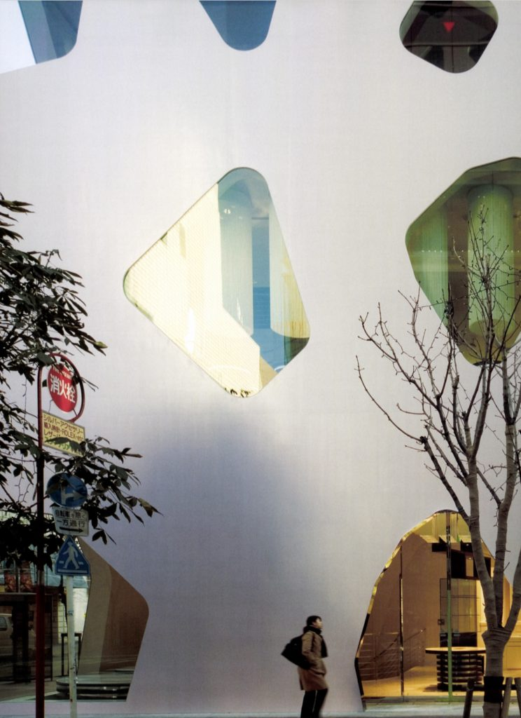 MIKIMOTO Glnza 2 / Toyo Ito & Associates, Architects + Taisei Corporation