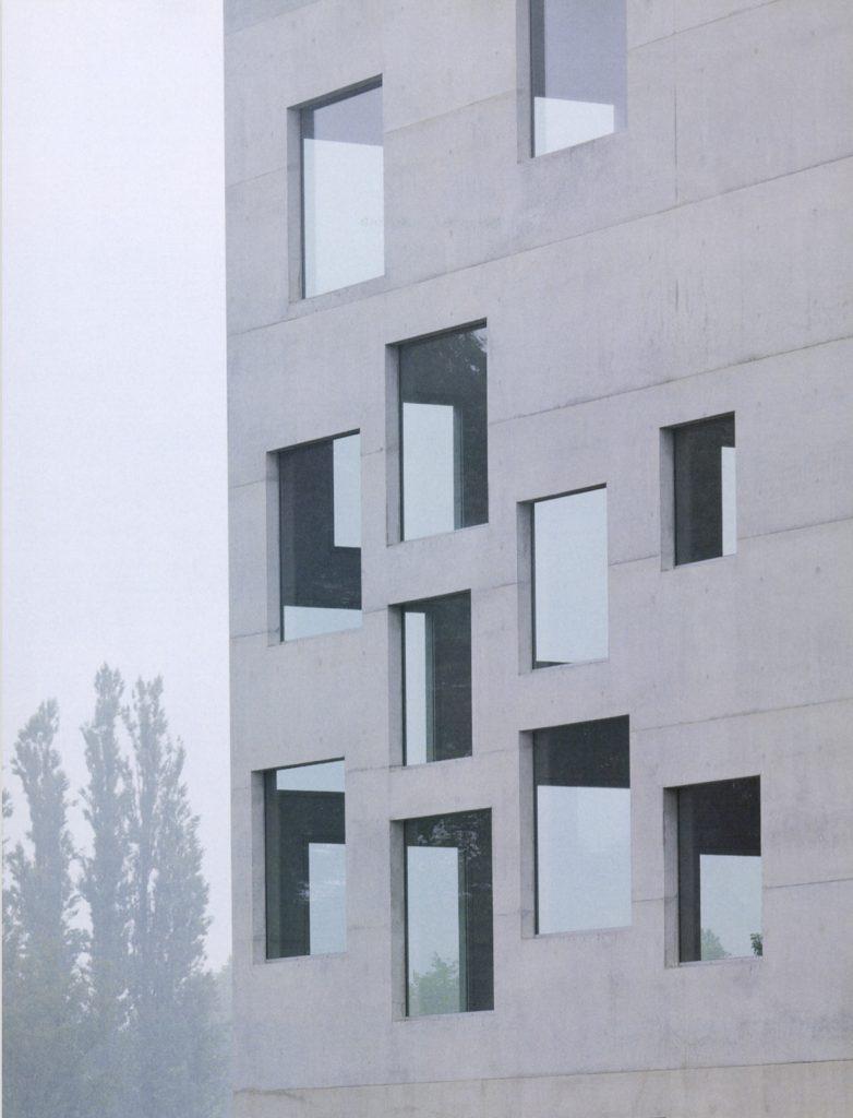 Zollverein School of Management and Design/ Kazuyo Sejima + Ryue Nishizawa / SANAA