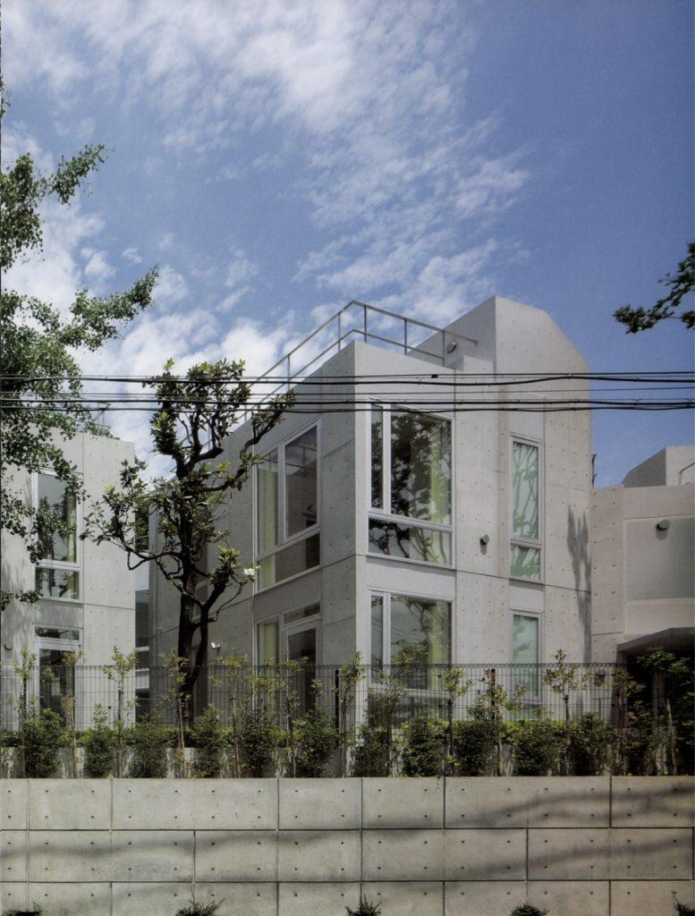 Yonosaka Townhouse / Itsuko Hasegawa Atelier