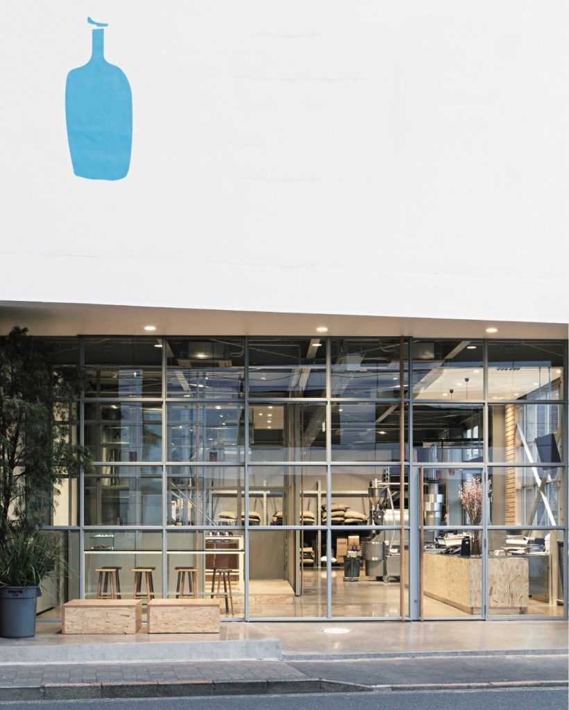 Blue Bottle Coffee Kiyosumi-Shirakawa Roastery & Cafe / Schemata Architects